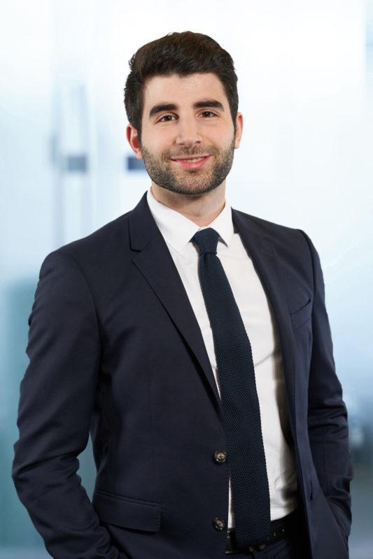 Simon Illouz, Chargé d'affaires